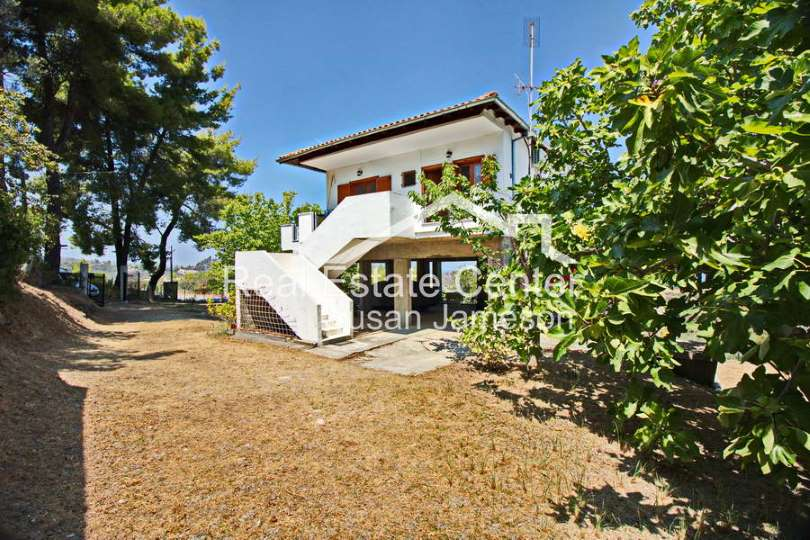 Investment property (villa)