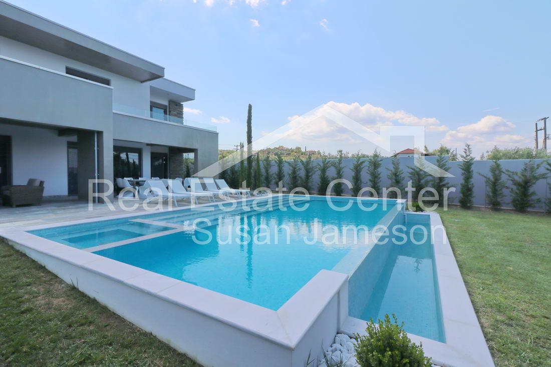 Traditional Meets Modern Villa