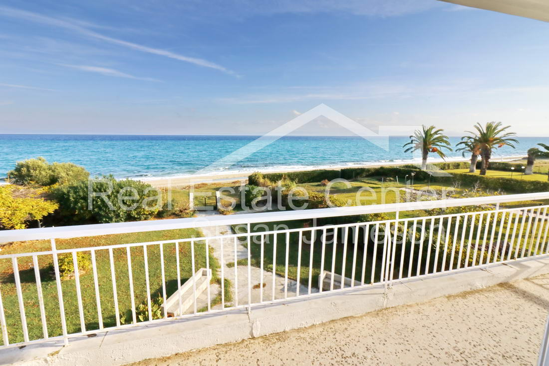 Prime Location, BEACH Front Penthouse