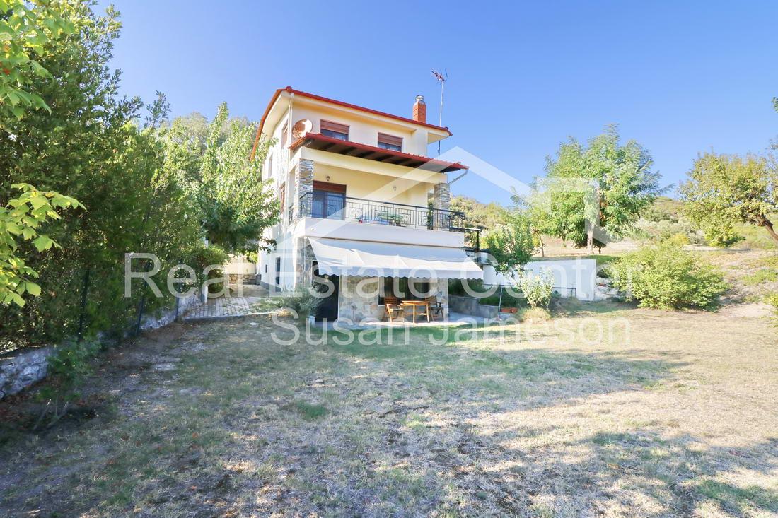 Private Villa/Quiet Location