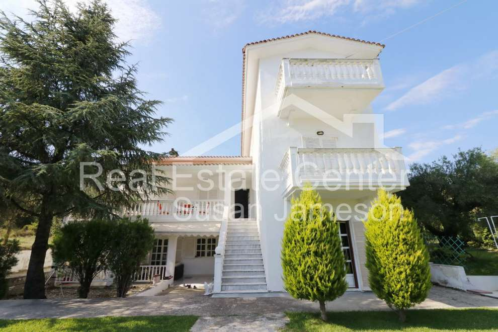 Villa, Sea View, Private Garden!!