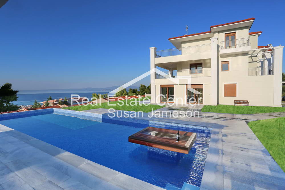 Spectacular Showcase Property, Sea Views, Private Pool, Villa