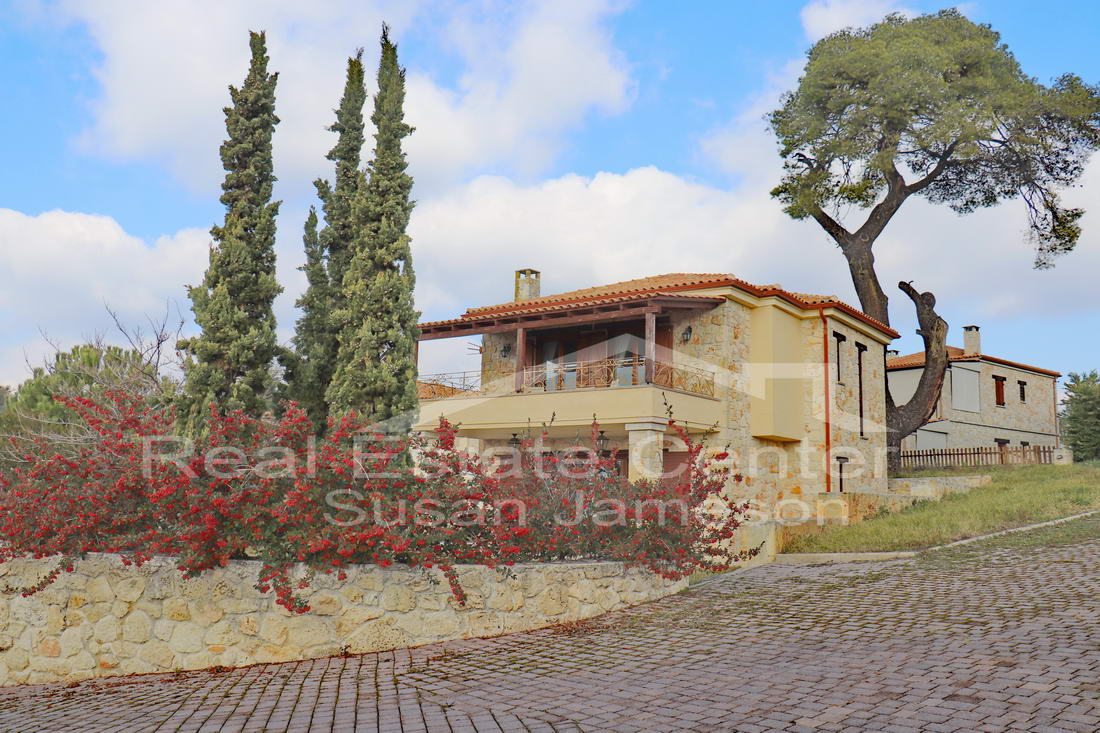 Detached Villa, Stone Built, SUPERB QUALITY Elani!!