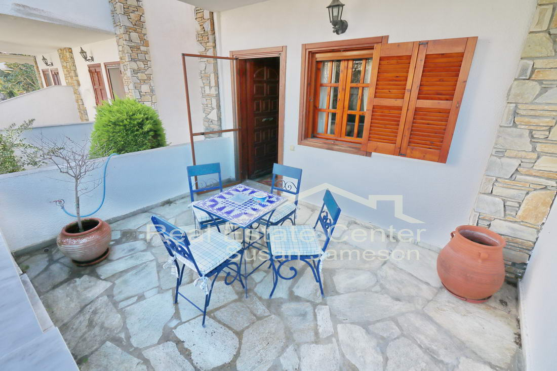 Dream Home, 100 m To BEACH!! (3 Bedrooms)