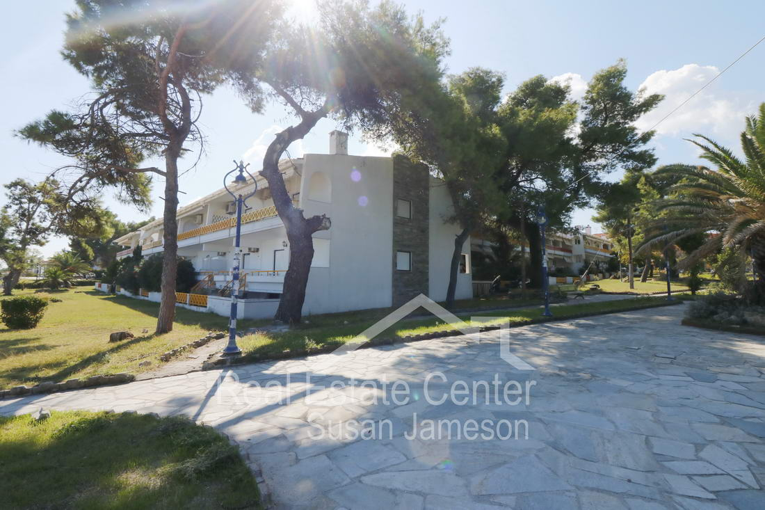 The Perfect Location, 10 m From The  BEACH!!