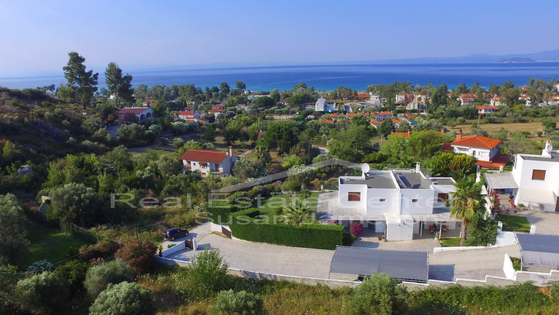 (SEE VIDEO**)~~Dream Villa, Dream Location With SeaViews!!
