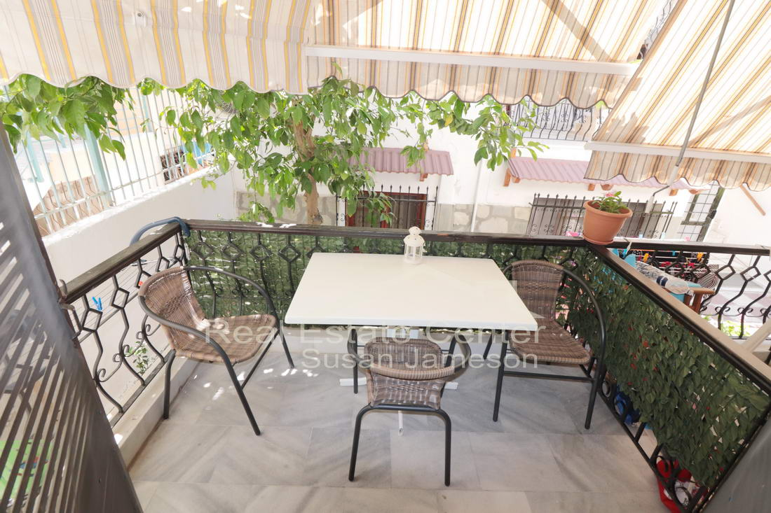 Traditional Apartment With Large Terrace~~