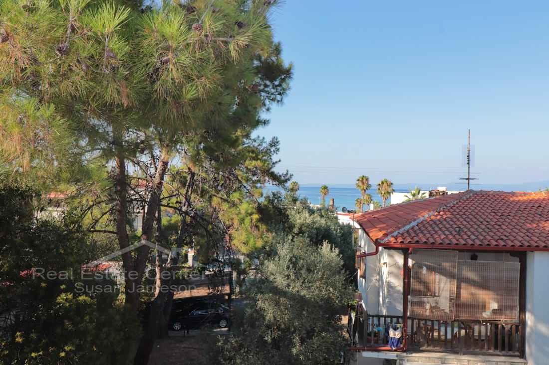 Penthouse Apartment Close To The Sandy BEACH!!