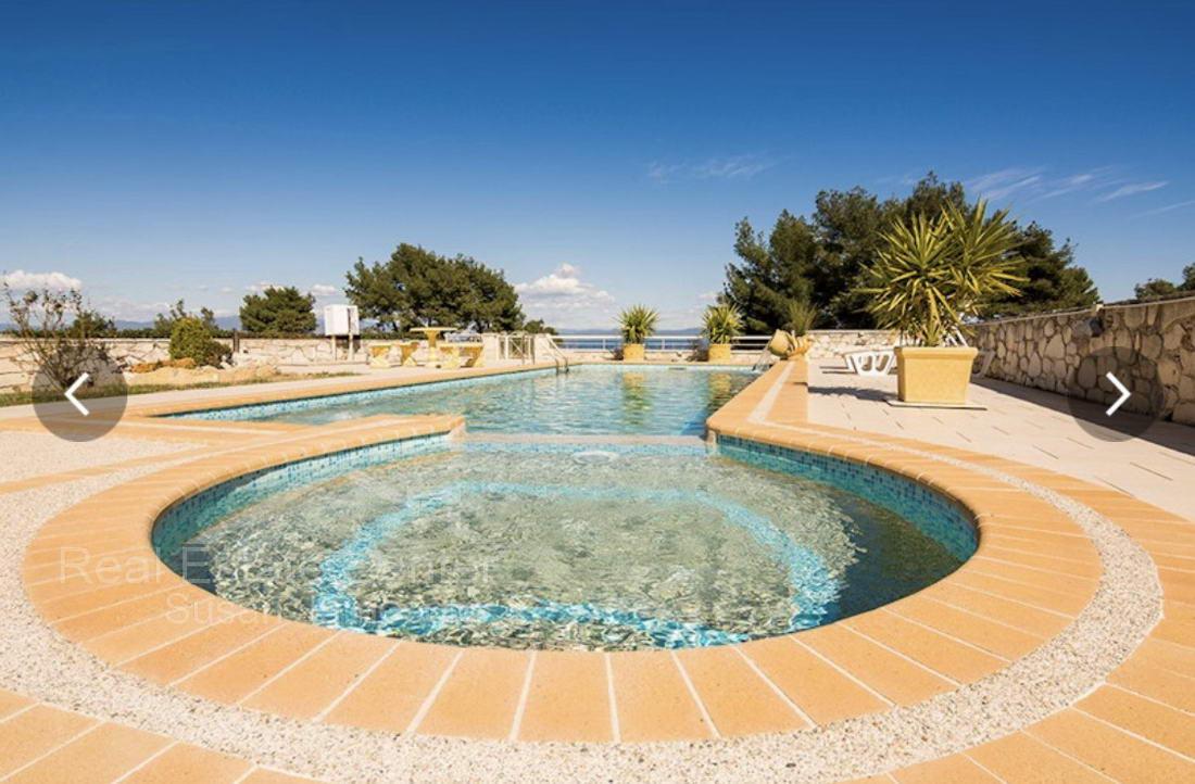 Panoramic Sea Views, Private Pool, Dream Home!!