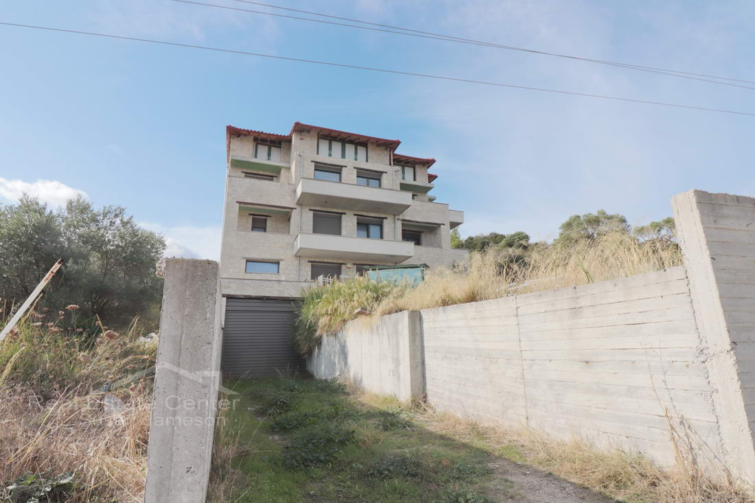 INVESTMENT, Property For Sale Polihrono!!