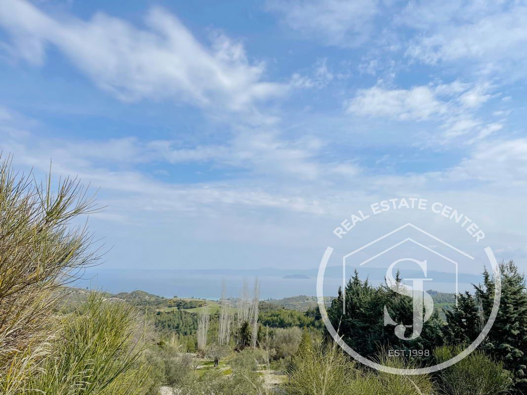 Unique Plot Of Land With Magnificent SeaViews!! View On Google Maps!!