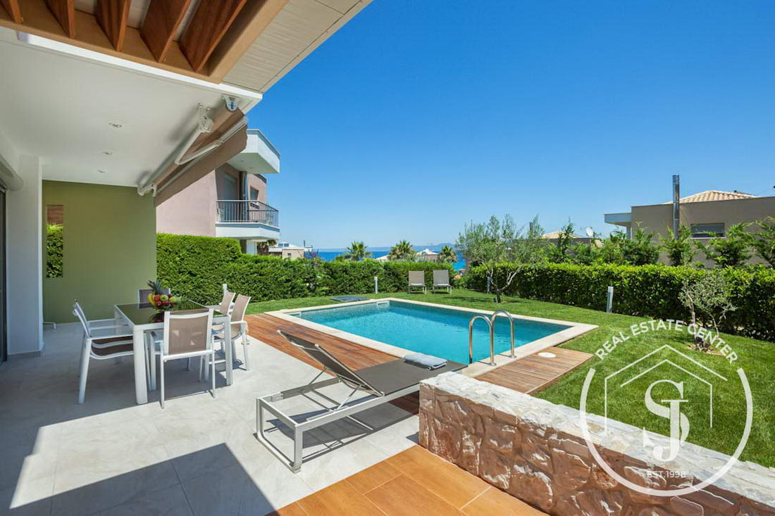 Chic House In Quiet Surroundings, PRIVATE POOL, SEAVIEWS!!