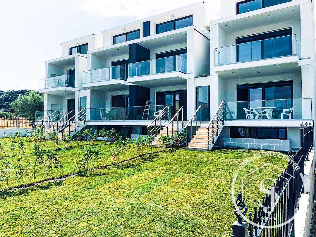 New Chic Dream Homes Apartment (Maisonette) With Views!!