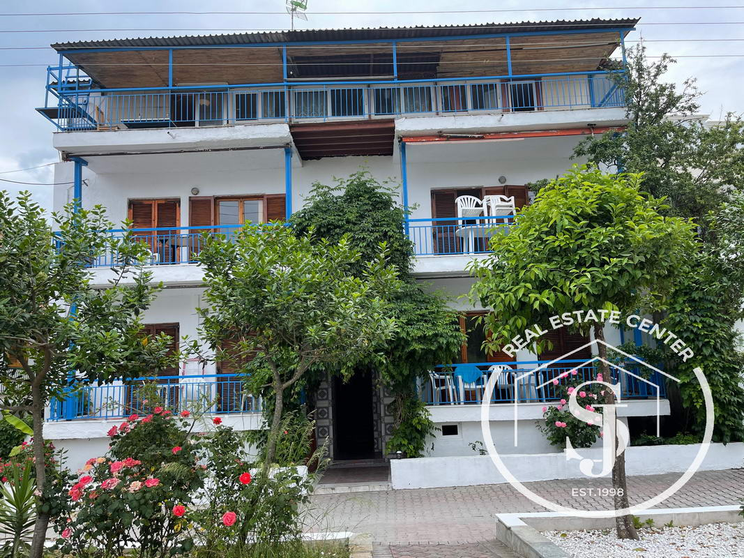 Rental Apartments Beside The Beach!!     ~EXCLUSIVE~