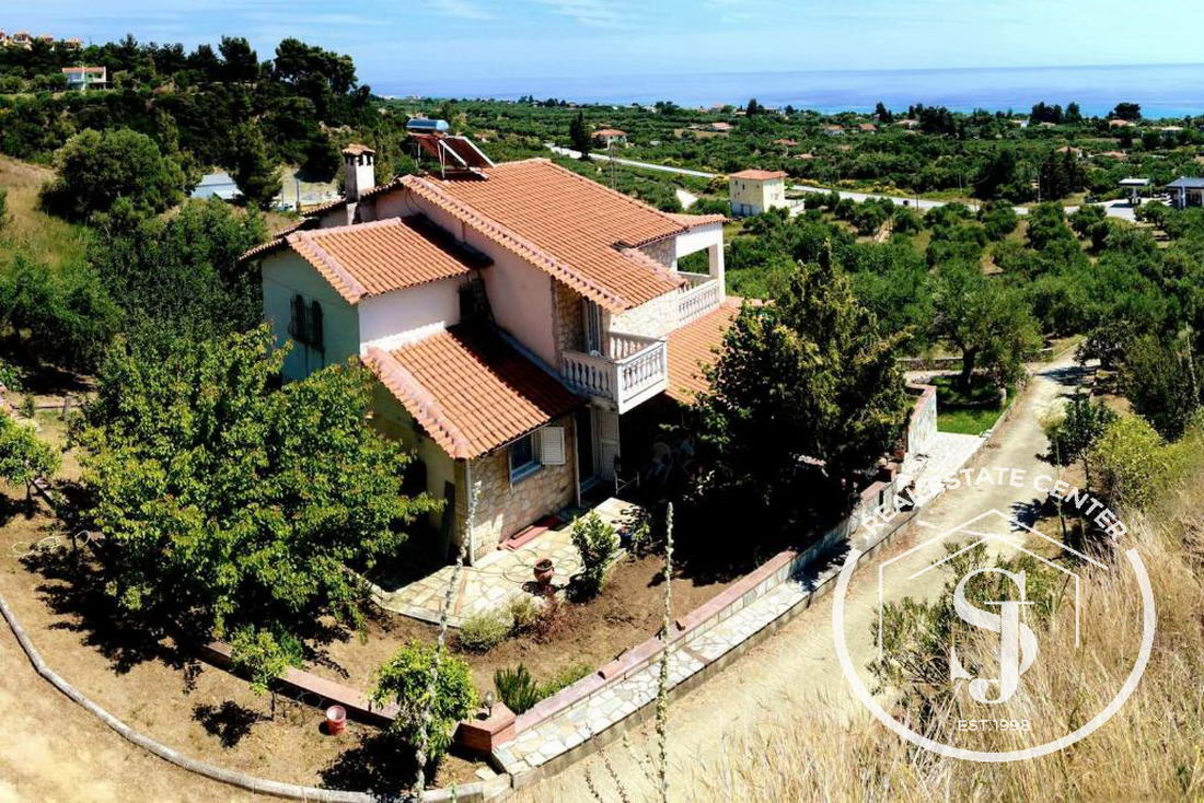 Villa For Sale, With Views And A Gorgeous Garden!!  N. Skioni!!