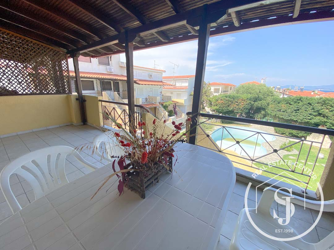 3 Bedroom Home With Shared Pool, PEFKOHORI