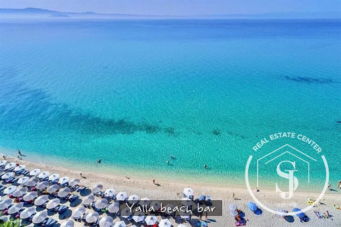 30 Meters From The Sandy Beach, Maisonette!!